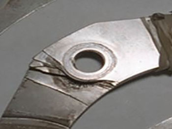Blade Failure Traditional Round Bushing